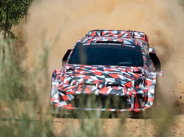 Toyota Yaris auf Rally1-Basis für die WRC-Saison 2022