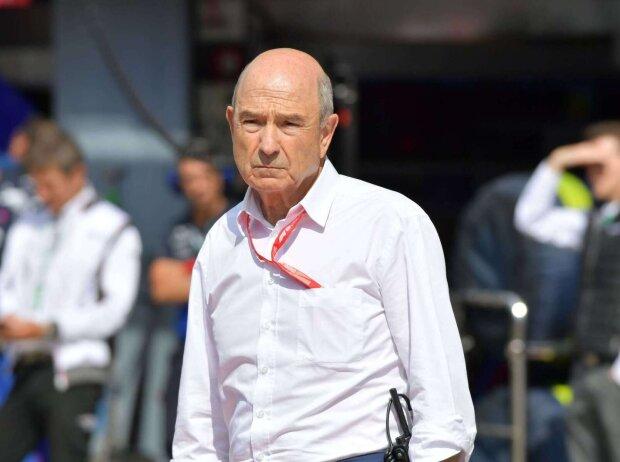 Ex-Formel-1-Teamchef Peter Sauber im weißen Hemd