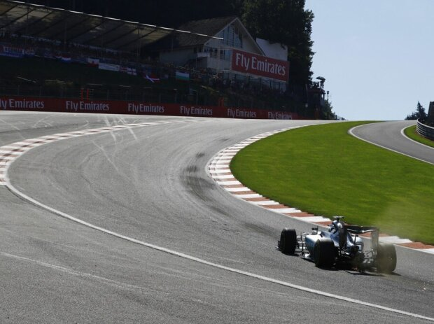 Nico Rosberg 2016 in der Passage Eau Rouge/Raidillon in Spa-Francorchamps