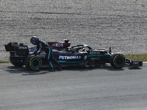 Lewis Hamilton (Mercedes): Motorschaden im Freien Freitagstraining zum Grand Prix der Niederlande in Zandvoort 2021
