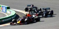 Max Verstappen (Red Bull RB16B) vor Valtteri Bottas und Lewis Hamilton (beide Mercedes W12) beim Formel-1-Rennen in Zandvoort 2021