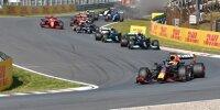 Max Verstappen im Red Bull RB16B führt nach dem Start zum Grand Prix der Niederlande der Formel 1 2021 in Zandvoort