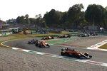Daniel Ricciardo (McLaren), Lando Norris (McLaren) und Lewis Hamilton (Mercedes)