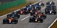 Formel-1-Start in Monza zum Grand Prix von Italien 2021 mit Daniel Ricciardo und Max Verstappen in Reihe eins