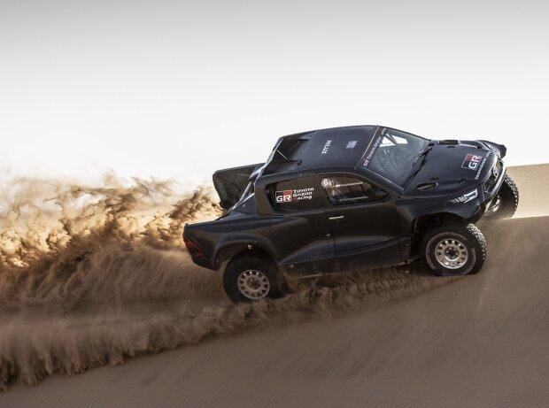 Mit diesem Auto tritt Toyota bei der Rallye Dakar 2022 an
