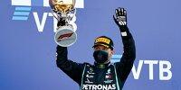 Valtteri Bottas (Mercedes) feiert den Sieg beim Formel-1-Rennen von Russland in Sotschi 2020