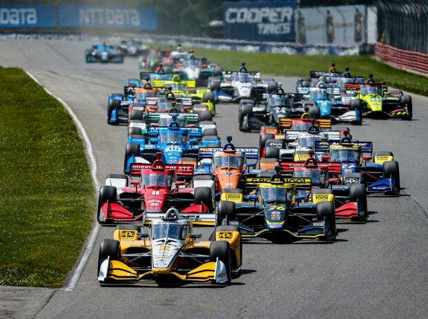 Start zum IndyCar-Rennen 2021 auf dem Mid-Ohio Sports Car Course: Josef Newgarden führt