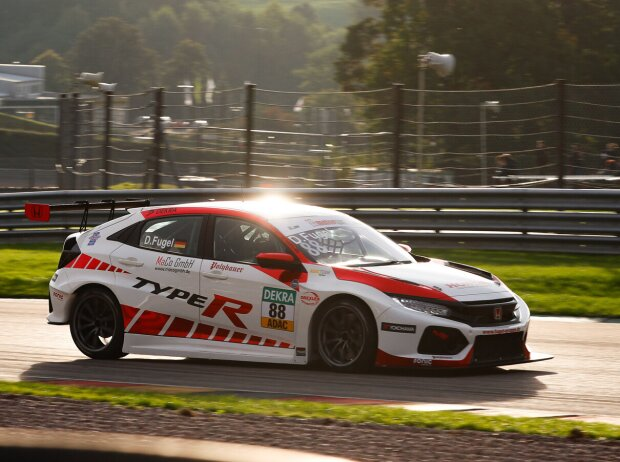 Dominik Fugel im Honda Civic TCR beim Rennen der TCR Germany auf dem Sachsenring 2021