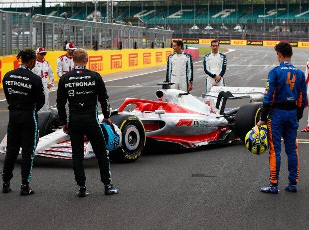 Das neue Formel-1-Auto für 2022 in Silverstone
