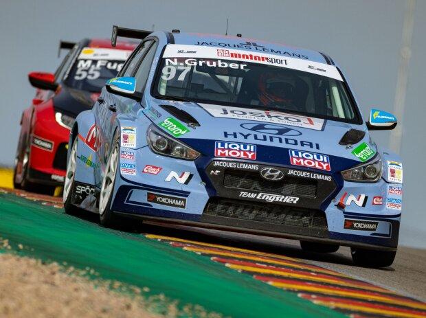 Nico Gruber im Hyundai i30 N TCR auf dem Sachsenring