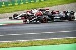 Lewis Hamilton (Mercedes) und Kimi Räikkönen (Alfa Romeo)
