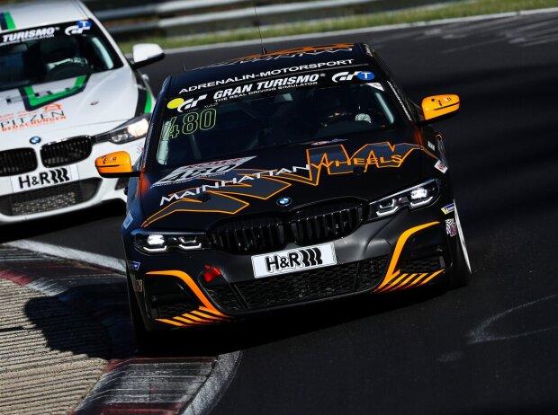 Christopher Rink, Philipp Stahlschmidt und Daniel Zils auf ihrem BMW 330i (VT2) in der VLN/NLS 2021