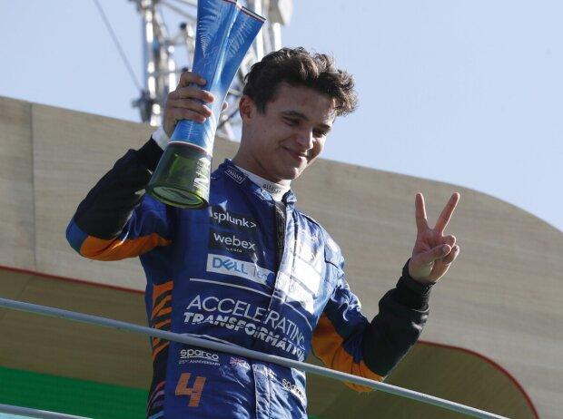 Lando Norris auf dem Formel-1-Podium in Monza