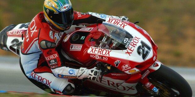 Troy Bayliss kommt mit Ducati im Jahr 2003 in die MotoGP. Zu diesem Zeitpunkt ist der Australier bereits Superbike-Weltmeister 2001. Das Debüt ist erfolgreich: Er holt 2003 drei Podestplätze und wird WM-Sechster.