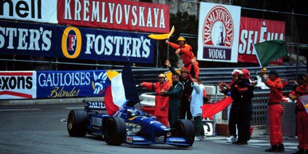 """Olivier Panis erlebt am 19. Mai 1996 sein blaues Wunder in seinem blauen Auto. Wir erinnern am 20. Jahrestag des verrückten Monaco-Rennens an einen Grand Prix, bei dem nur drei Autos den Zielstrich überfuhren, kein Mensch mit dem letztendlichen Sieger rechnete und gleich zwei """"Michael Schumachers"""" in der Startaufstellung standen."""