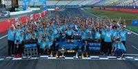Die schönsten Jubelbilder von DTM-Champion Paffett