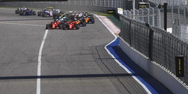 Kimi Räikkönen (5): Für den Fehlstart gibt's keine technische, sondern nur eine menschliche Erklärung. Räikkönen fährt nicht mehr in der gleichen Form wie am Saisonbeginn. Dazu kommt, dass er Giovinazzi teamintern nicht im Griff hat. Gut, wenn 2019 zu Ende geht.