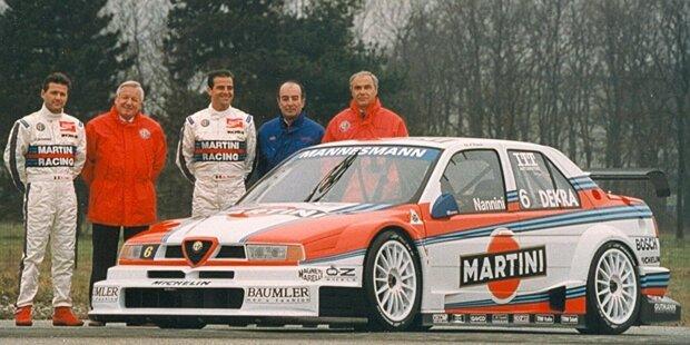"""Platz 20: In der Formel 1 bringt man das West-Design (wegen Tabakwerbeverbot """"East"""") mit dem Zakspeed-Team in Verbindung, in der DTM ist die Lackierung aber erfolgreicher: Mercedes-Legende Kurt Thiim gewinnt damit 1991 auf dem Norisring. Und auch eine Verbindung zu Michael Schumacher existiert: Der wird damit 1990 Formel-3-Meister."""