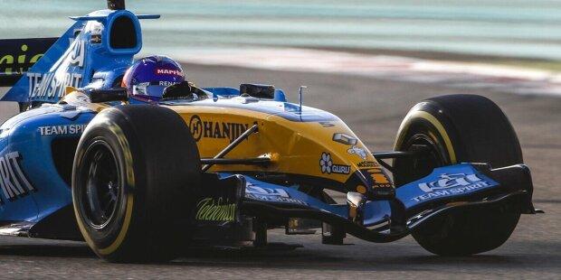 Los geht's für Fernando Alonso: Der Formel-1-Rückkehrer fährt zum Abschied der Marke Renault (ab 2021: Alpine) in Abu Dhabi noch einmal mit seinem Weltmeister-Auto von 2005, mit dem Renault R25. Damit gewann Alonso seinen ersten Titel. Und jetzt gibt es das Wiedersehen!