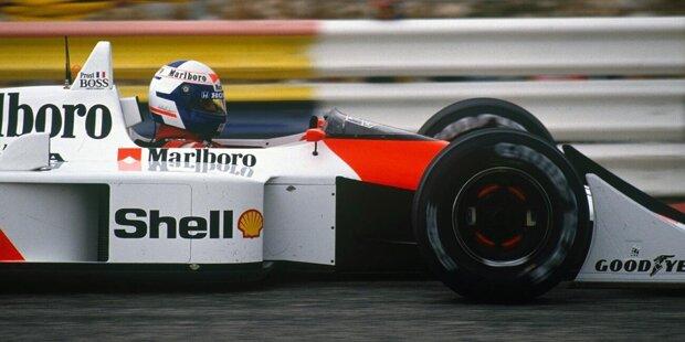 McLaren erlebt 1988 eine Formel-1-Saison der Superlative. Denn der MP4/4 erweist sich in den Händen von Ayrton Senna und Alain Prost als bestes Formel-1-Auto des Jahres, vielleicht als eines der besten aller Zeiten. Und das hier ist die Geschichte dieser einmaligen Rennsaison!