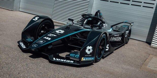 Das schwarze Design des Formel-E-Autos von Mercedes.