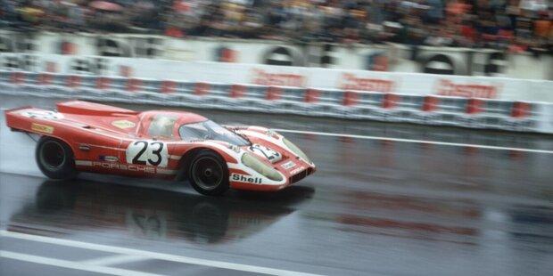 Am 14. Juni 1970 gelingt Porsche der erste Sieg beim 24-Stunden-Rennen von Le Mans. Der Weg dorthin war ein weiter. Der Weg zum Ziel und die darauffolgenden Siege des Porsche-Werksteams.
