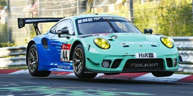 Bandoh/Novel Racing: Sorgt gleich für den ersten SP9-Abstrich; der Lexus RC F GT3 wird dieses Jahr nicht zum Einsatz kommen. Die Einsatzmannschaft Ring Racing wurde mit Einsätzen in der SP8 und SP10 betraut.
