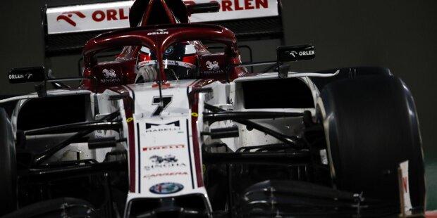 """#3: Daniel Ricciardo fährt mit der Startnummer 3 auf dem McLaren. Schon in seiner Kartzeit war das seine """"allererste Nummer"""". Außerdem war er großer Fan von Dale Earnhardt, der im Februar 2001 tödlich verunglückte NASCAR-Pilot war lange Zeit mit dieser Nummer unterwegs."""