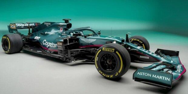 Aston Martin hat sein Formel-1-Auto für die Saison 2021 vorgestellt. Also Hüllen runter für den Neuwagen von Sebastian Vettel und Lance Stroll! Hier kommen die ersten Fotos des Aston Martin AMR21 ...
