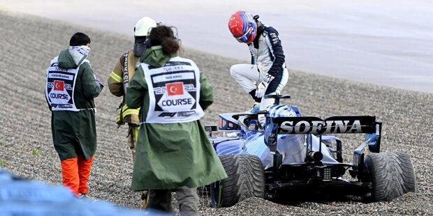 Nikita Masepin (5): Sah am ganzen Wochenende kein Land gegen den Teamkollegen. Im Qualifying wieder fast drei Sekunden langsamer, im Rennen dann fast 25 Sekunden, obwohl Schumacher gleich in der ersten Runde von Alonso abgeschossen wurde. Zu allem Überfluss auch noch Hamilton beim Überrunden fast abgeräumt.
