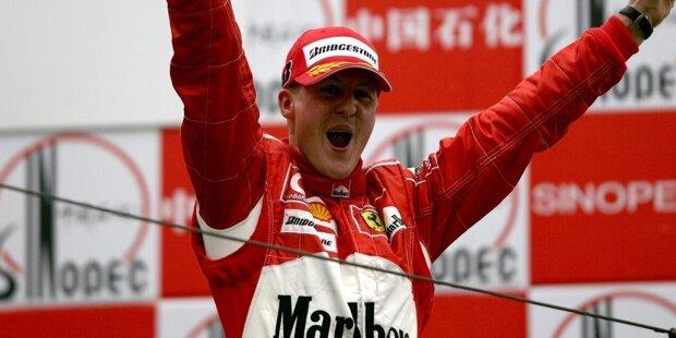 """Hattricks (Michael Schumacher - 22): 22-mal sicherte sich """"Schumi"""" in einem Grand Prix Pole, Sieg und schnellste Runde. Lewis Hamilton steht aktuell bei 18. Fünf solcher """"Hattricks"""" müsste er also noch holen. Hört sich allerdings einfacher an, als es ist. Denn in den vergangenen drei Jahren zusammen gelangen Hamilton lediglich vier."""