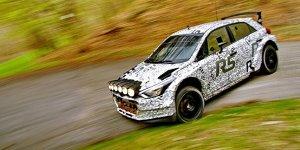 Hyundai: Weitere Asphalt-Tests des i20 R5 in Italien