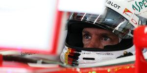 Zornig am Funk: Sebastian Vettel nimmt's mit Humor