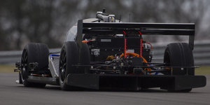 Donington: Fahrerloser Roboracer absolviert erste Runde