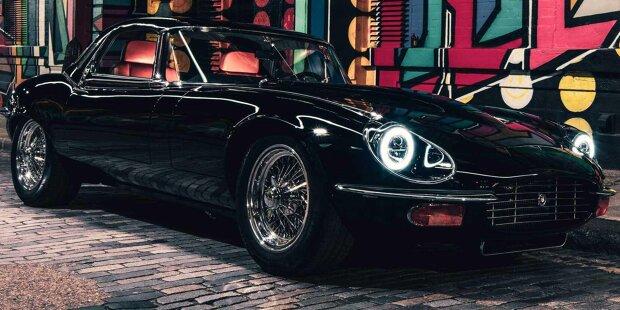 Jaguar E-Type entfesselt von E-Type UK Dreiviertelfront