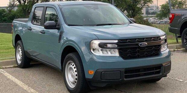 2022 Ford Maverick XL Außenansicht