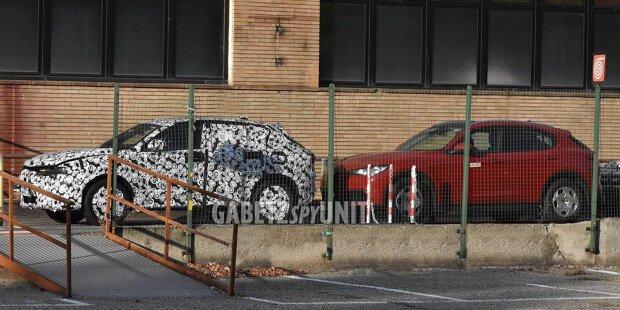 Alfa Romeo Tonale (2022) auf neuen Erlkönigbildern
