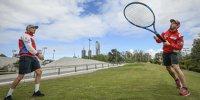 Dovi & Miller: Tennisschläger statt Bike