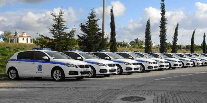 Neue Peugeot 308 für die griechische Polizei - Insgesamt 370 Fahrzeuge geliefert