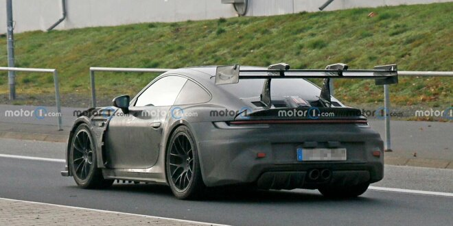 An der Super-Theke hängt noch ein 911 GT3 RS dran - Mit Giga-Flügel erwischt