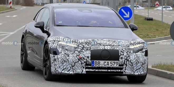 Mercedes-Benz EQS mit deutlich weniger Tarnung erwischt - Sehr groß, sehr anders