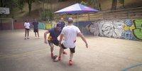 Outdoor-Futsal: Verstappen vs. Ricciardo