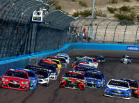 NASCAR-Restart beim Camping World 500 in Phoenix 2017