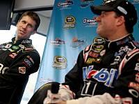 Tony Stewart, Carl Edwards