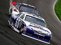 Mark Martin, Kevin Harvick