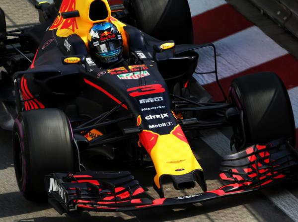 P2 & P6: Red Bull kämpft am Freitag mit Ferrari und Toro Rosso um die Bestzeit