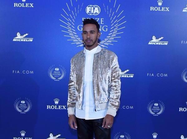 Lewis Hamilton ist dafür bekannt, sich nicht lange an einem Ort aufzuhalten