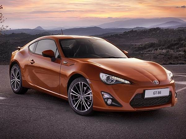 news toyota gt86 kommt fr unter euro auto bei. Black Bedroom Furniture Sets. Home Design Ideas